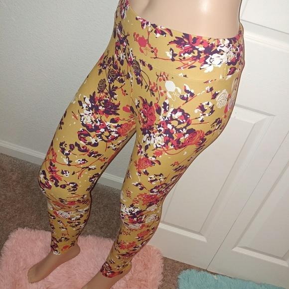 LuLaRoe Pants - 🔴⚪🔵[Lularoe]Minnie Mouse bow OS Leggings